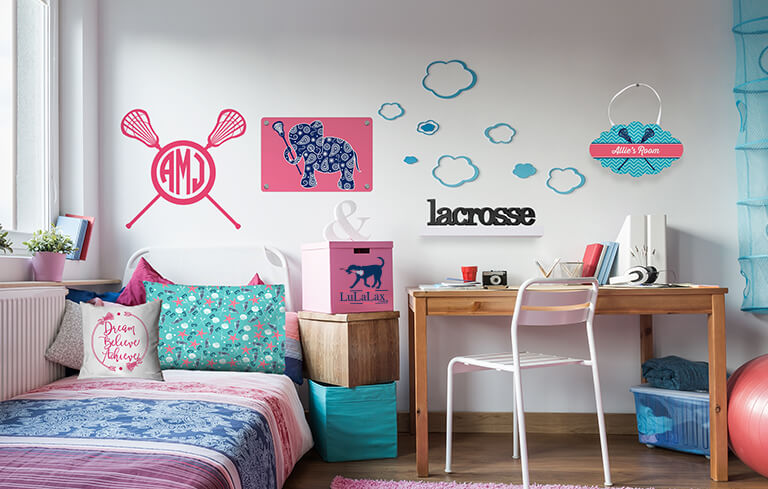The Perfect Lax Girl Room